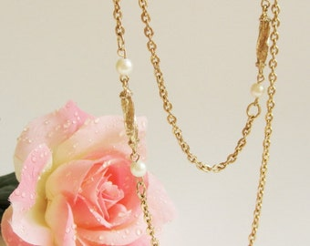 Vintage Chain Necklace. Gold Tone Long Chain and Faux Pearl Necklace.