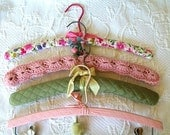 Vintage Padded Clothes Hangers Shabby Pink Cottage Chic