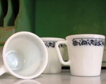PYREX Mugs~Set of 3