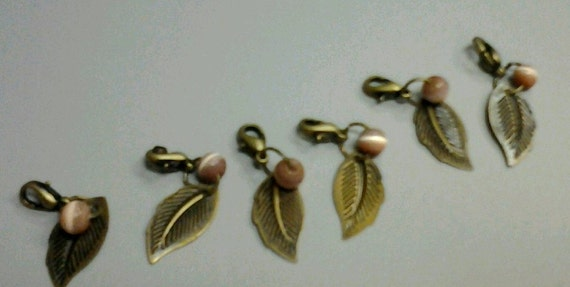 Removable Lobster Clasp Crochet Stitch Markers set of 6 antiqued bronze leaves with beads