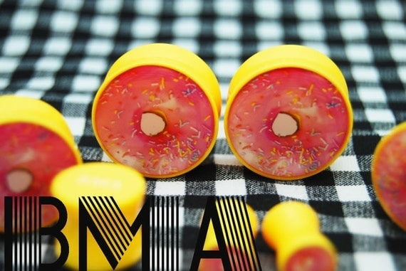 PINK FROSTED Donut 00g 9.5mm Plugs BMA