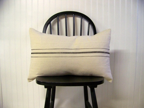 free shipping - grainsack pillow - black stripe - canvas - vintage style - farmhouse - lumbar - rustic - rustic pillow - grain sack