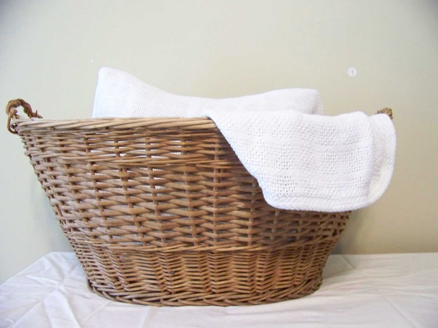 Vintage Wooden Wicker Laundry Basket Farm Fresh Woven