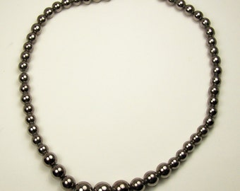 Fine Vintage GRADUATED SILVER BEAD Necklace