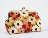 Cosmetic pouch - Flowers summer - metal frame pouch