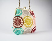 Clutch bag - Viewfinder in pink - metal frame purse with shoulder strap