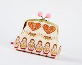 Color bobble pouch - Love Matryoshka - metal frame clutch bag