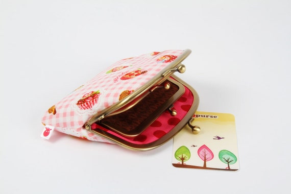 Pop up - Sweets on gingham pink - double metal frame purse