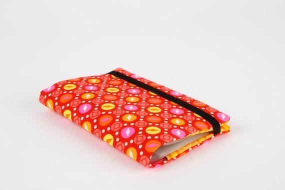 Card holder - Petit Pan Kukiko red