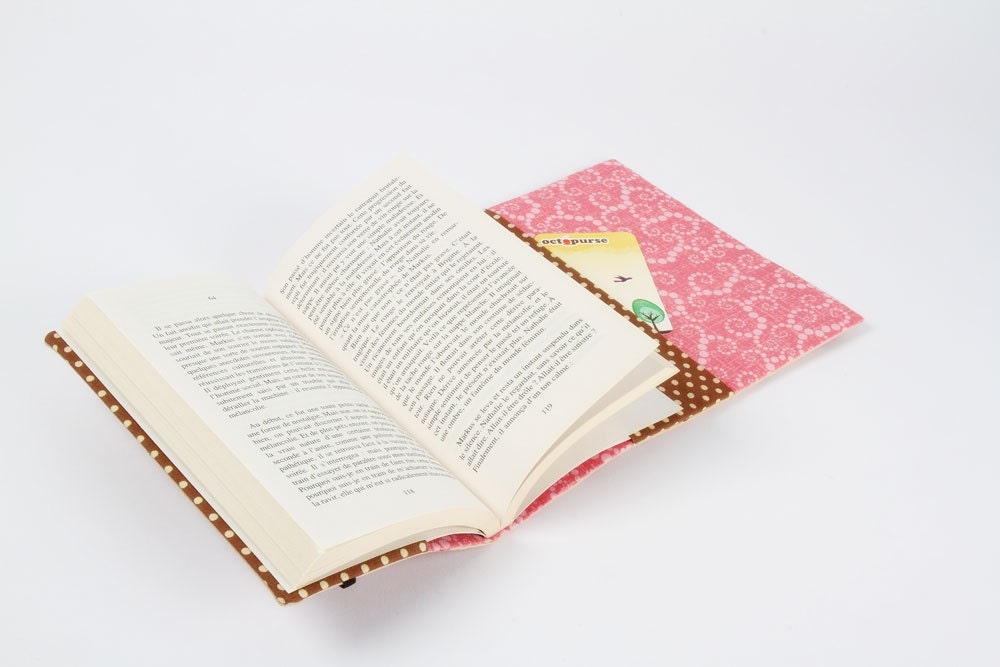 Adjustable Fabric Book Cover : Adjustable paperback book cover p tisseries by octopurse