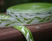 Jacquard BEANSTALK Green Leaves on Cream Ribbon 1/2 inch width (12 mm) - 3 yards