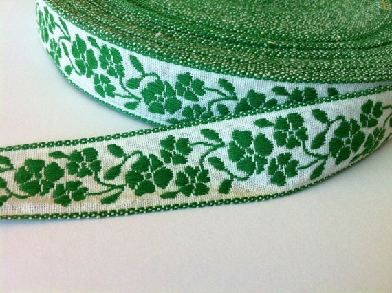 Vintage Kelly Green and Natural Floral Jacquard Fabric Trim 7/8 inch (22 mm) width - 3 yards