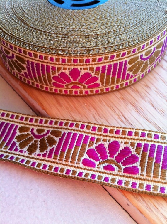 Candyland Candy Land Deco Fans Magenta Jacquard Fabric Trim 7/8 inch (22 mm) width - 2 yards