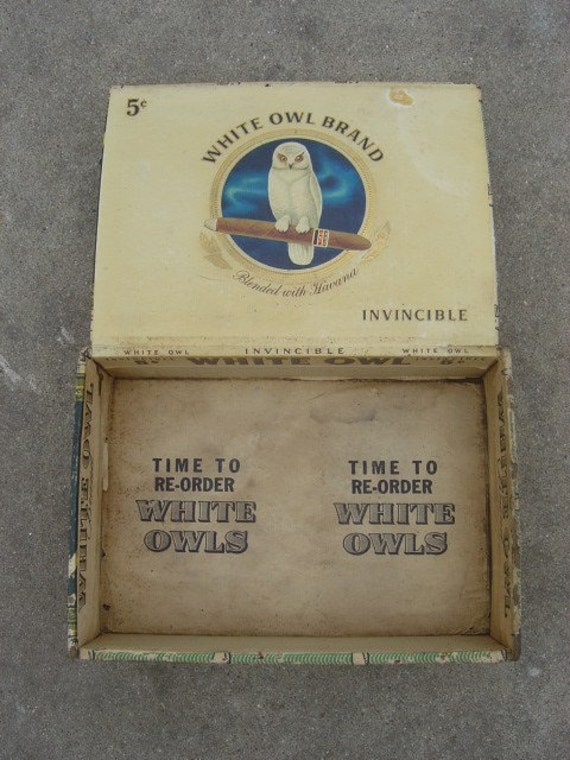 White Owl Cigar Box - Vintage - Invincible 5 Cent