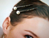 Faux Fabulous Pearl Pair of Bobby Pins