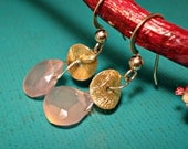 Summer Song - Peach Chalcedony Gold Disc Earrings - FREE SHIPPING