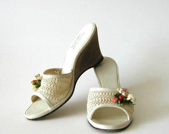 1950s 50s Wedge Shoes Vintage Sandals Pinup Peep Toe Platforms 50s Dress Heels Hawaiian Dress Tiki Shoes 6