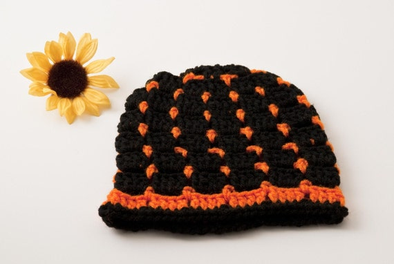 Spring SHOP EVENT Beanie, Bright Orange and Black, US Shipping Included, Ready to Ship