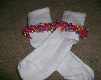 Spring Time Beaded Socks, girls socks, baby socks, fancy socks, ruffle socks, tri bead socks, crochet socks, pink socks and Scrunchie