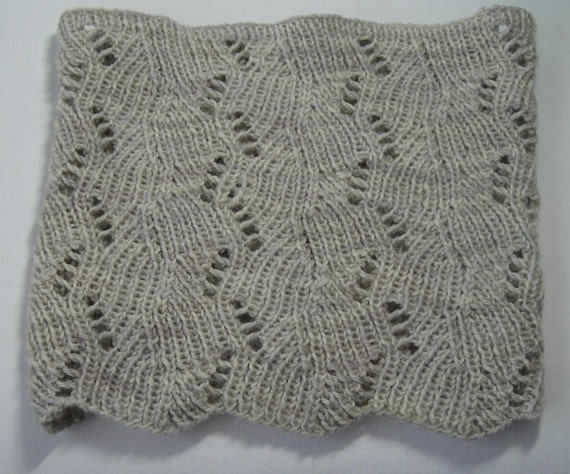 Knitting Pattern PDF- Deco-Leaf Cowl - great for gifts - scarf cowl neckwarme...
