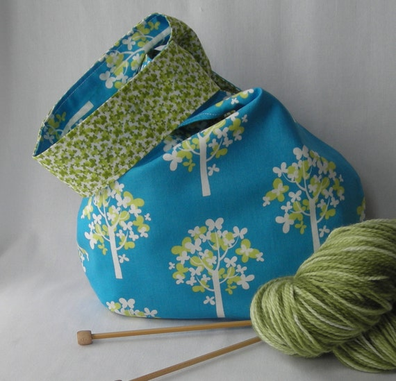 knitting project bag - crochet project bag - reversible Sock Knitters Bag - Just Wing It fabric in blue - free pattern too