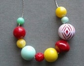 sugar soda necklace - vintage lucite and silverplated chain