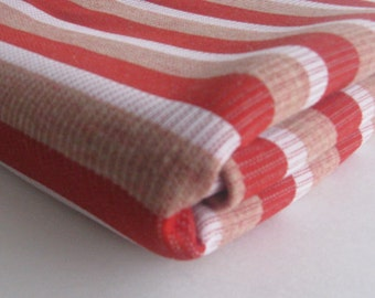 VINTAGE FABRIC red, tan, and white striped ribbed knit MEASURES 52 INCHES BY  1.5 YARDS