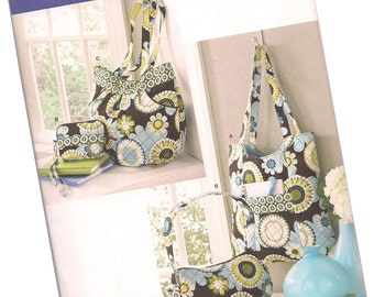 SIMPLICITY PATTERN 2551 quilted purses and totes, matching change purse, new and uncut