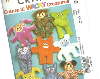 MCCALLS CRAFTS PATTERN m5826 wacky stuffed creatures and monsters, new and uncut