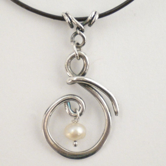 Lisa - Sterling expectant mother pendant