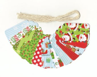 Christmas Gift Hang Tags - I Believe In Santa Glossy Christmas Scallop Die Cut Tags (18) Favor Tags / Ready To Ship