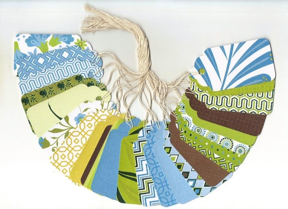 Green Tea Collection Large Scallop Die Cut  Gift Hang Tags (24)