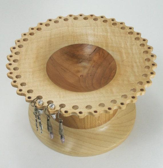 lace edged wood jewelry bowl Cynthia style