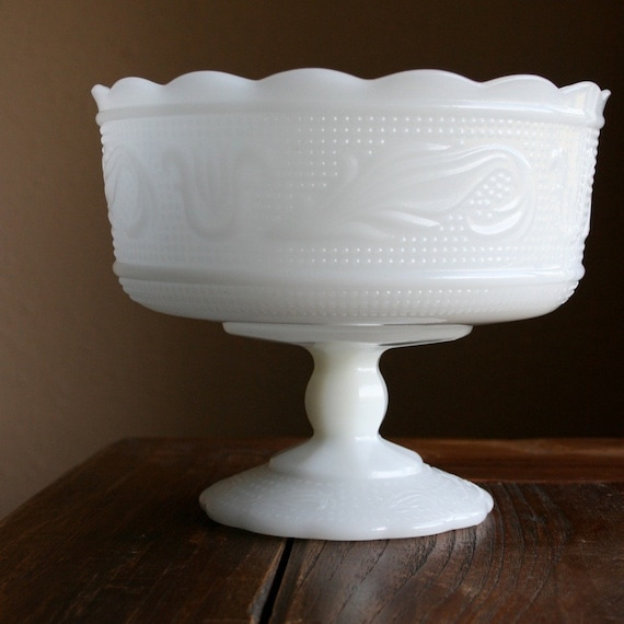 Vintage E O Brody Co Milk Glass Pedestal Bowl M6000