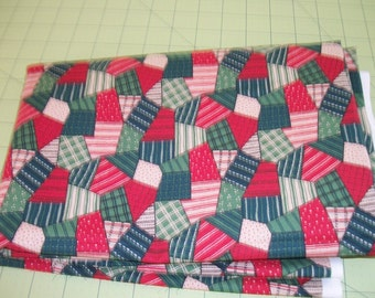 Fabric Christmas Patchwork Cotton Fabric 1 1/2 Plus Yards