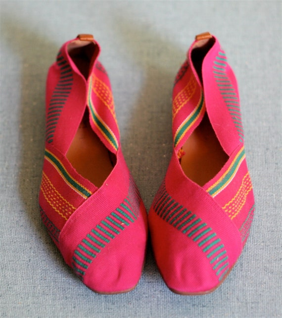 Vintage 80s WOVEN ETHNIC Shoes 7