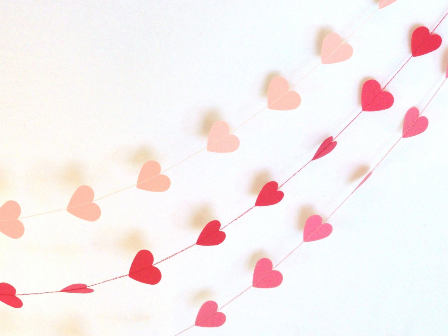 how to make a paper heart garland