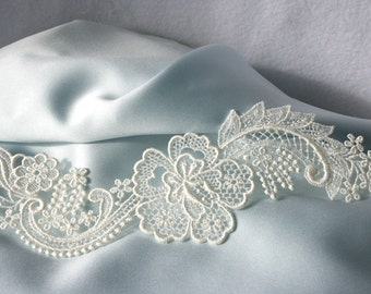 Hibiscus LACE - Venice - Bridal - Flowers - Scrolls - Ivory - Altered Couture - Costume - Applique - Embroidery