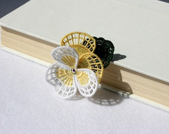 BARRETTE - Hair Clip - Pansy Flower - White - Yellow - Party -  Medium - Free Standing Lace Embroidery