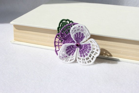 BARRETTE - Hair Clip - Pansy Flower - White - Violet - Medium - Free Standing Lace Embroidery
