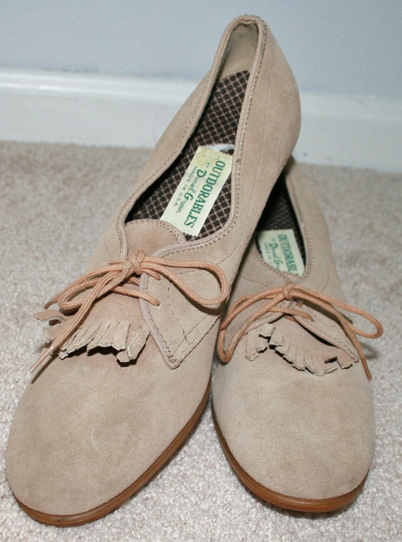 Vintage Women Tan Suede Outdorables Lace Up Loafers by Daniel Green