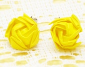 Sun In The Sky Stud Earrings - Yellow Paper Rose
