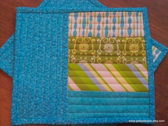 Mug Rugs Mini Snack Mats Patchwork Turquoise Green White Set of 2