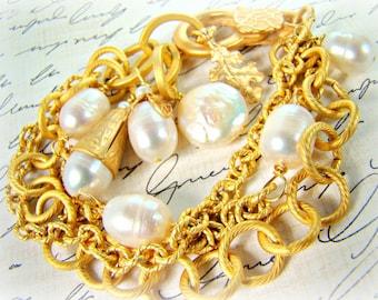 Gold chain pearl bracelet, pearl charm bracelet... PEARL BLOOM