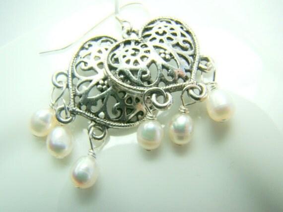 Pearl silver heart earrings... FILIGREE HEART
