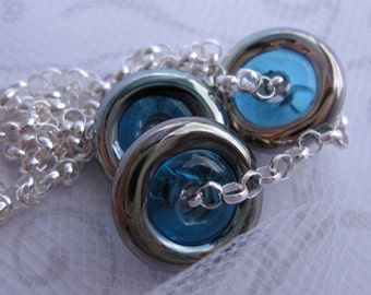 fatdog The Sweetest Things Necklace - ST113 Aqua and Silver Glass Disc Trio