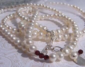 fatdog Necklace - N110 Pearl and Garnet