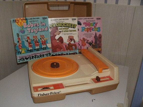 Great 1970's Fisher Price Record Player with 3 Vintage Kids 45's