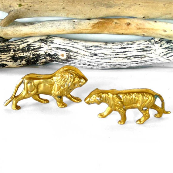 Brass LION and LIONESS figurines set of 2, from 1.25 to 1.5 inches tall, miniature home decor accessories, bronze animals