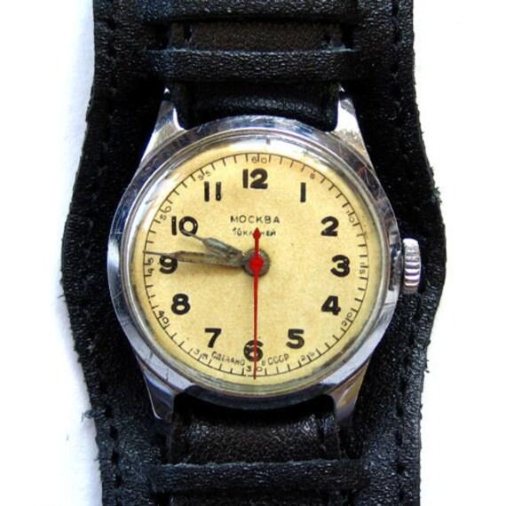 Vintage Mechanical Watch MOSKVA USSR Unisex 16 jewels windup wristwatch retro watch leather strap father dad men women graduation